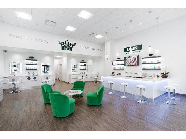 DMK skincare retail & service boutique - 4/4
